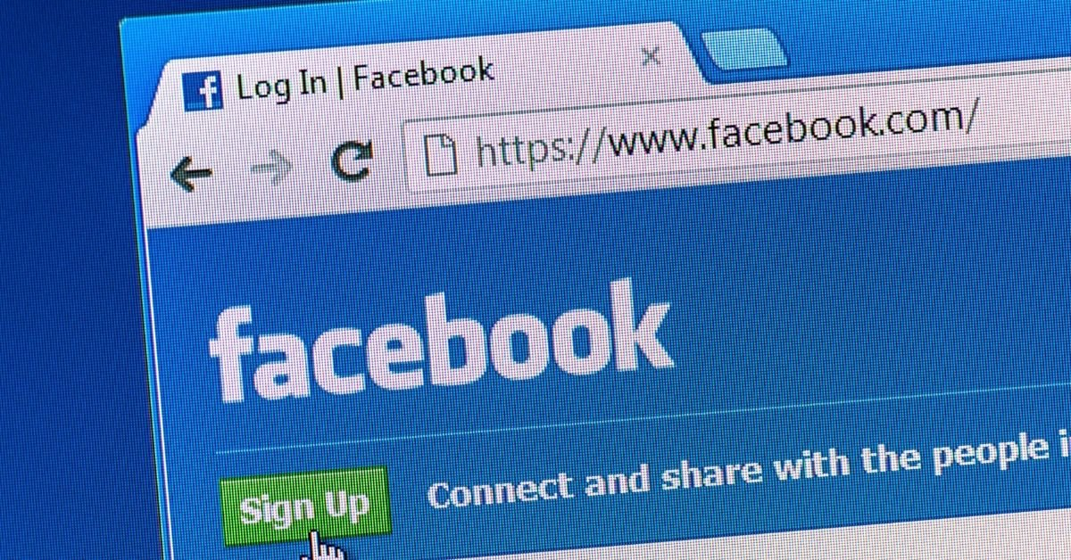 18 Ways To Drive People To Your School's Facebook Page