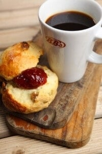 scone-coffee