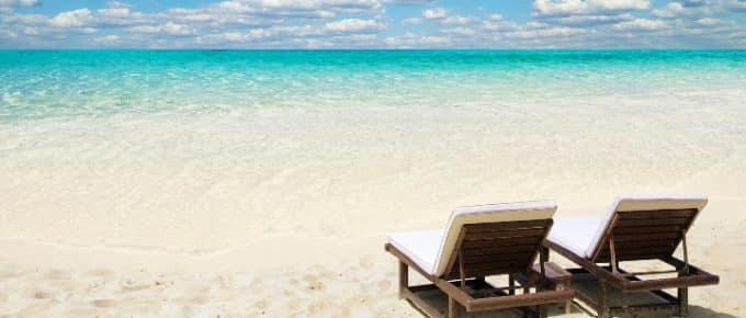 Summer Vacation Reading Recommendations for School Marketers