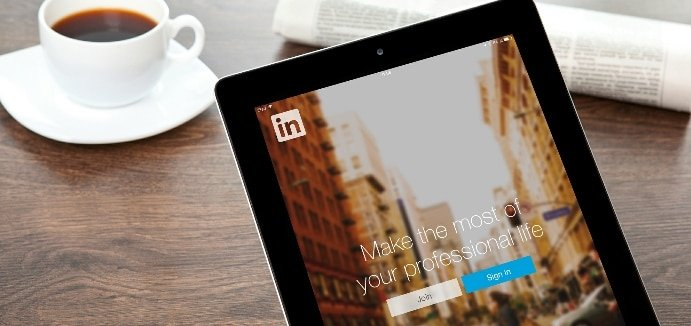How to Increase Inquiries for Your School Using LinkedIn Video